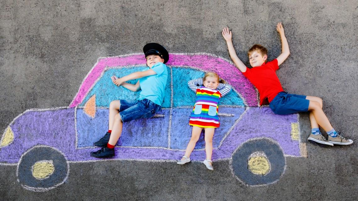 """Quando la via diventa una """"strada dei bambini"""""""