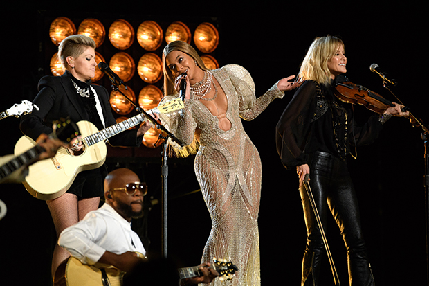 THE 50th ANNUAL CMA AWARDS - The 50th Annual CMA Awards, hosted by Brad Paisley and Carrie Underwood, broadcasts live from the Bridgestone Arena in Nashville, Wednesday, November 2 (8:00-11:00 p.m. EDT), on the ABC Television Network. (Image Group LA/ABC via Getty Images) DIXIE CHICKS, BEYONCE