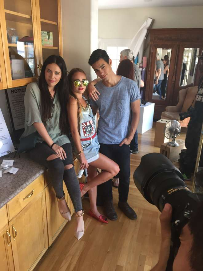 1 Diana Lado, Millie Brown and Davi Santos hang out at The Starving Artist Project in Los Angeles-min