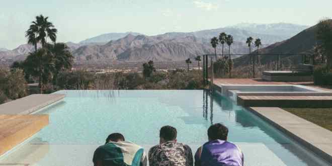 JONAS BROTHERS ANNOUNCE NEW ALBUM HAPPINESS BEGINS JUNE 7