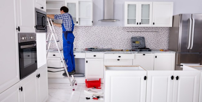 Choosing the Best Kitchen Cabinet Installers -