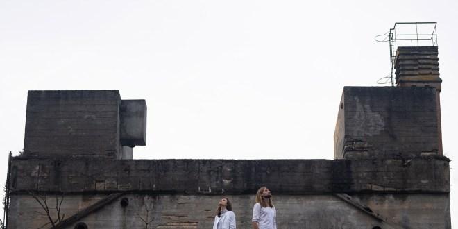 teepee ANNOUNCE Where the Ocean Breaks Album SHARE 'Parallel World' Single ile ilgili görsel sonucu