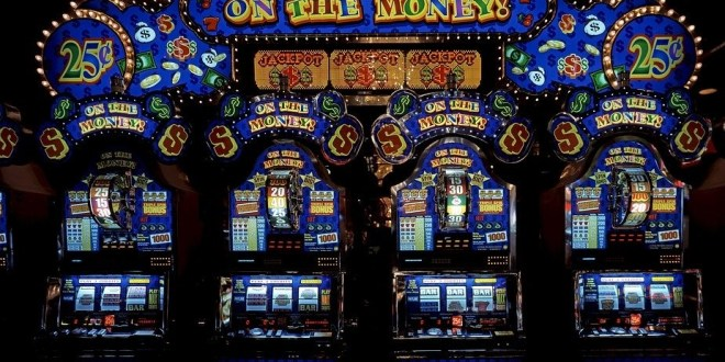 <strong>Why play real money slots?</strong>