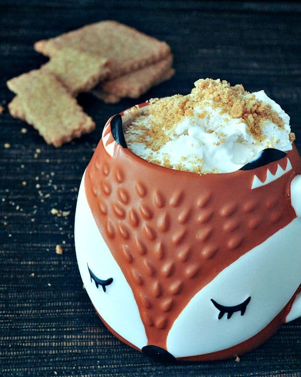 Toasty Graham Latte With Cinnamon Whip