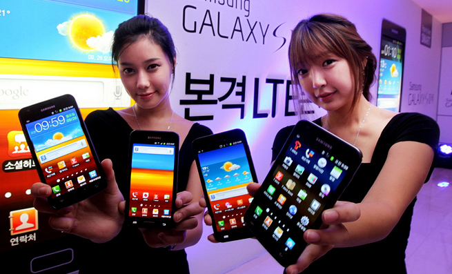 samsung-phones-top-maker
