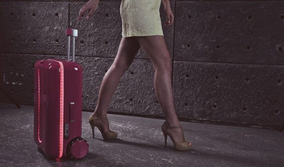 Travelmate Robotics' robotic suitcase will comply with you to CES 2018