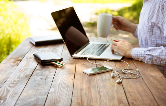 shutterstock_289151351 What our company learned from working remotely for a week