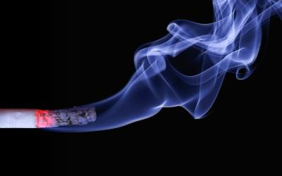 Helping tool to relieve smokers from craving a cigarette