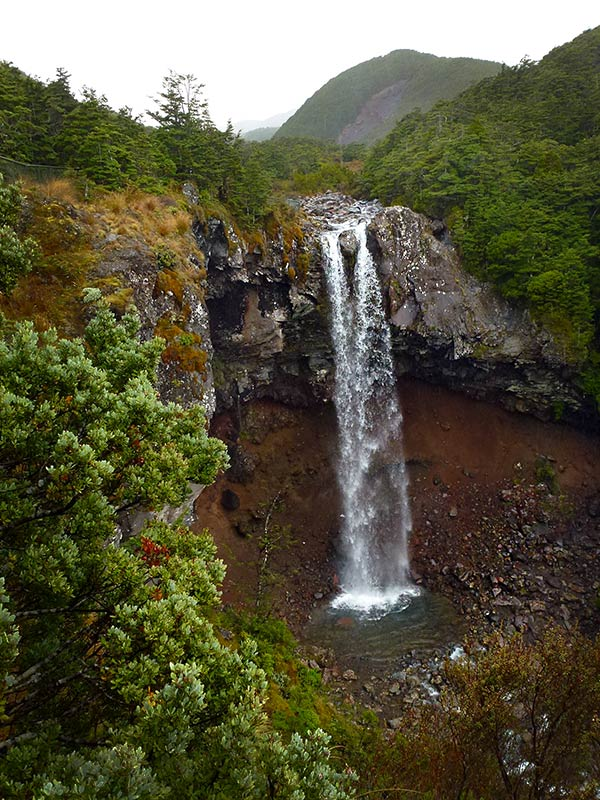 Waterfalls around Tongariro National Park: Mangawhero Falls