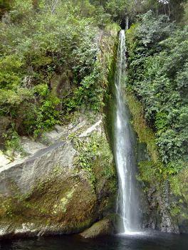 Wasserfälle: Otupoto Falls, Waihora