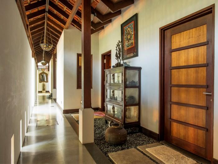 hallway-villa-paradiso-singapore