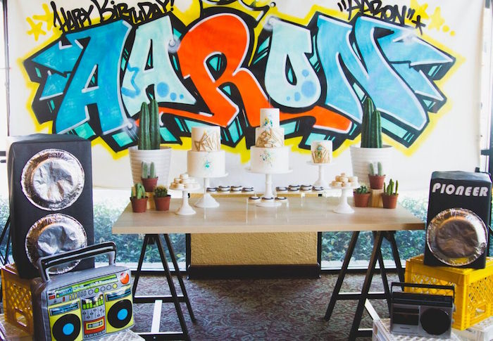 Old-Skool-Hip-Hop-Birthday-Party-via-Karas-Party-Ideas-KarasPartyIdeas.com19