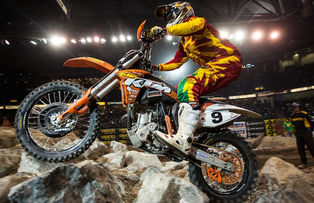 EnduroCross Continues To Rev Up Dirt Show World
