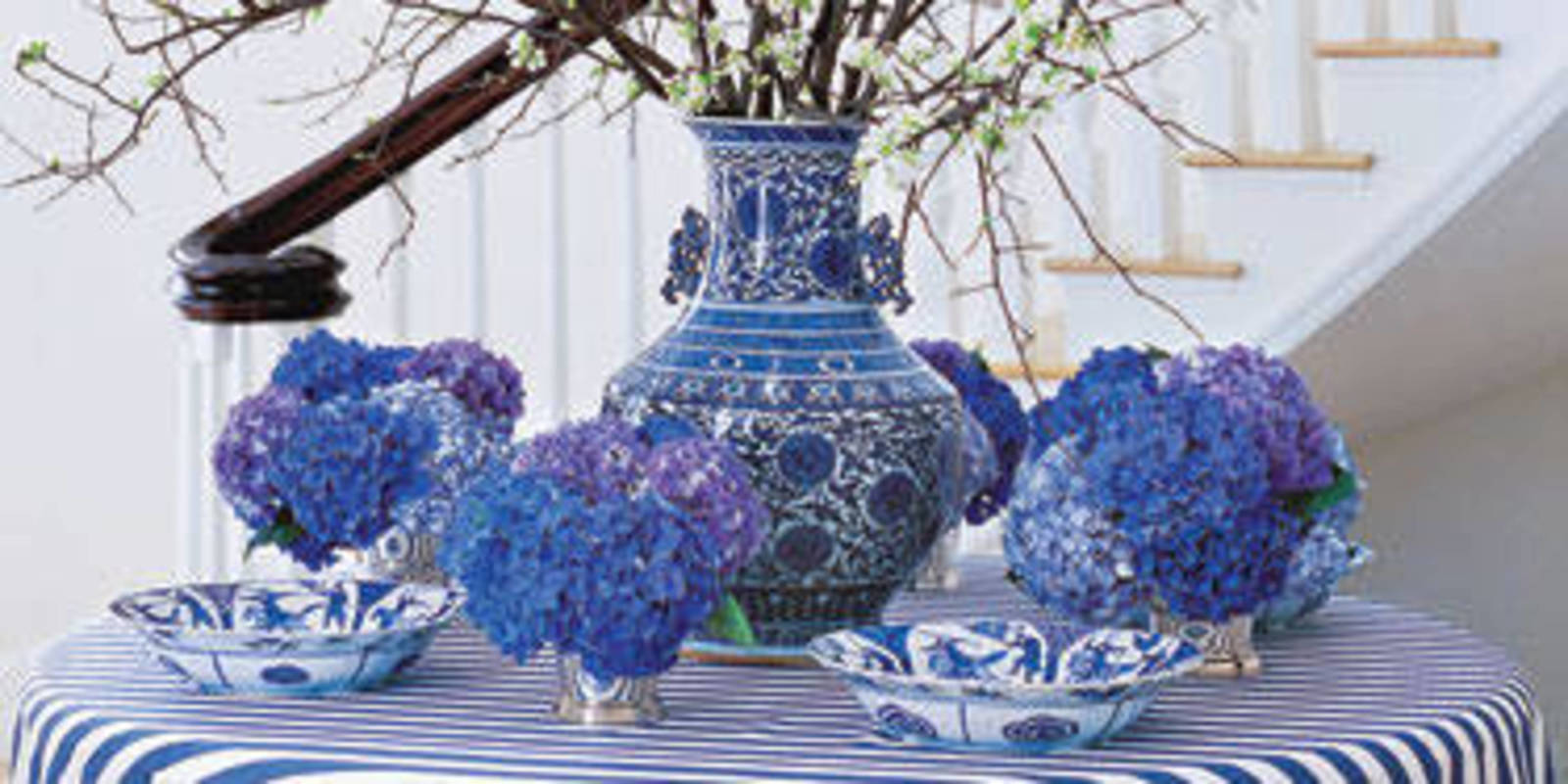 8 Ways To Decorate With Blue And White