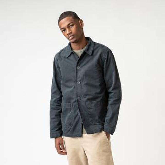 ISTO work jacket in grey with bege trousers for man