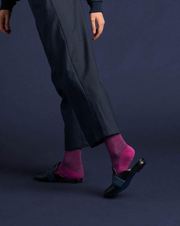 Qnoop - hosery sustainable brand - glitter rib socks