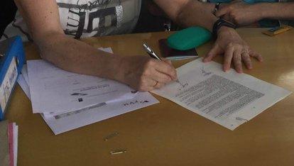 foto tekenen contract