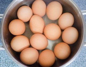How to cook eggs (4 of 9)
