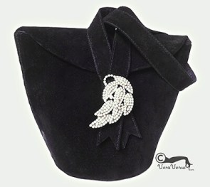 small black suede evening bag by Veravenus