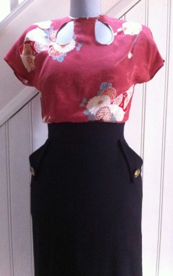 Simple vintage style blouse- free pattern @ veravenus.com