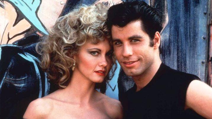 Dzon Travolta i Olivija Njutn Dzon u filmu The Greese