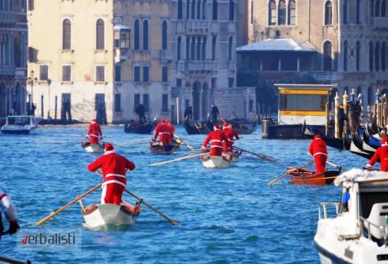 Deda Mrazovi u Veneciji