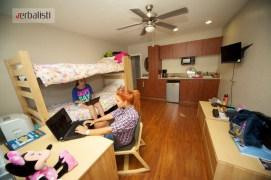 Engleski jezicki program, studentska rezidencija u Holivudu, Verbalisti