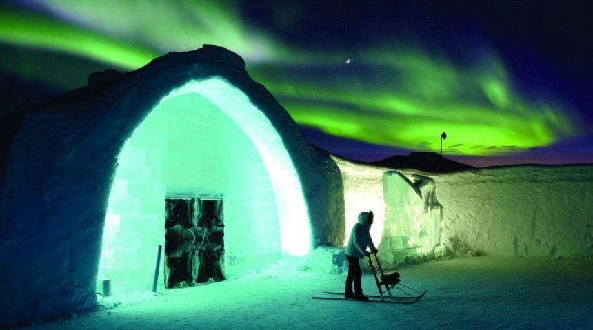Ledeni hotel (Ice Hotel)