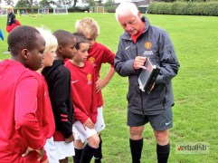 The legend that is Bryn Cooper coaching with Manchester United Soccer Schools
