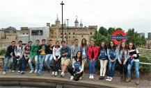 Polaznici jezicke mreze Verbalisti ispred Tower of London