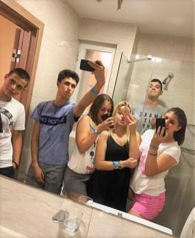 Selfi u kupatilu sobe, Sonja Petrovski na Malti