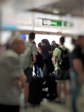 Ispracaj na aerodromu, letnja skola jezika