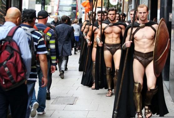 Best flash mobs - 300 Spartans in London