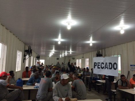 Dias 06 a 10 abril15, Cafés da manhã e almoços em Macaé, MRV (20)