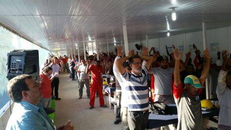 Dias 06 a 10 abril15, Cafés da manhã e almoços em Macaé, MRV (3)