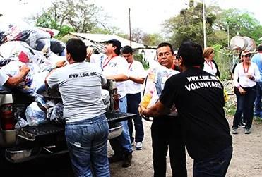 Voluntarios de LBNE entregaron donativo de ropa y calzado al Concejo Comunal de la región