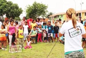 La pastora rebeca de Bertucci predicó en comunidades de Valencia / VR