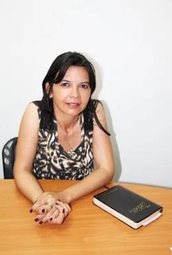 """Gilda Olivera: """"Todos deben saber de la iglesia perseguida"""" / VyV"""