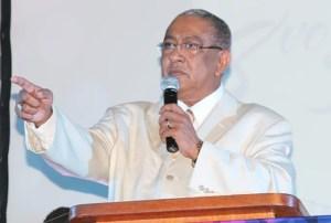 El apóstol Ricardo Reyes, vino desde Nueva York, EE.UU, para brindar el mensaje de la Palabra de Dios