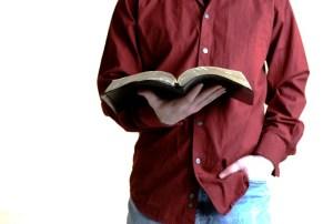 David Hormachea exhorta a los cristianos a leer para aprender más sobre lo que Dios quiere para su pueblo