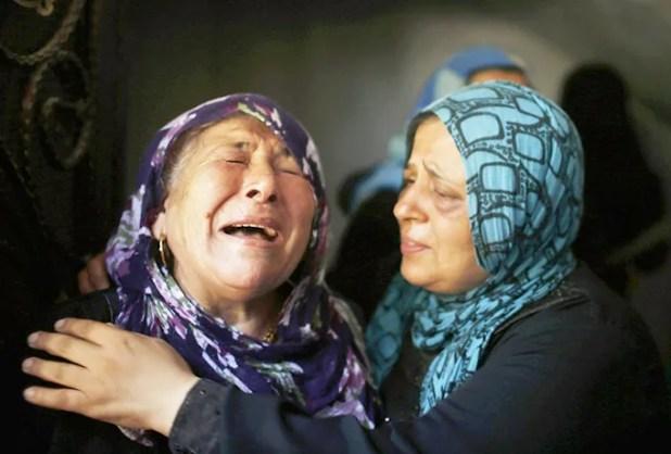 15 (2) Dolor en Gaza