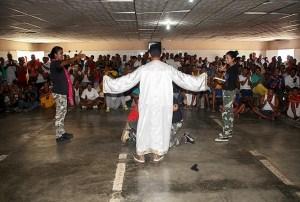 Las obras de teatro captaron la atención de los reclusos en la cárcel El Dorado