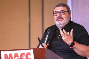 Periodista Esteban Fernández moderador en Cumbre Comunicadores USA / Comunicadores USA