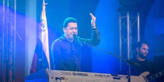 Juan Carlos Alvarado levantó un altar de adoración en Venezuela
