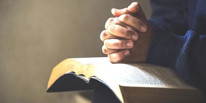 Humillaos, pues, bajo la poderosa mano de Dios
