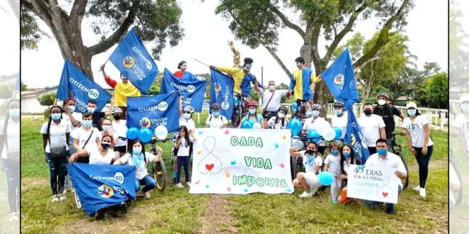 En Colombia miles de personas participaron de una caravana provida