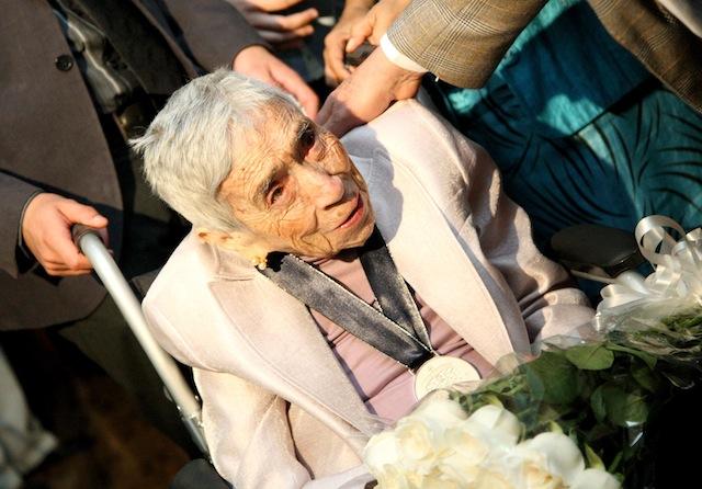 Luz María Villarreal de Puga en el homenaje por sus 100 años