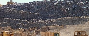Imagen del basurero EL Gavilán, de Puerto Vallarta, proporcionada por Carlos Álvarez Flores, que se tomó presuntamente el 11 de mayo de 2014