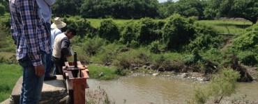 Inspección al arroyo Cedros, en Ixtlahuacán de los Membrillos, por personal de CEA. Foto: Mario Galindo