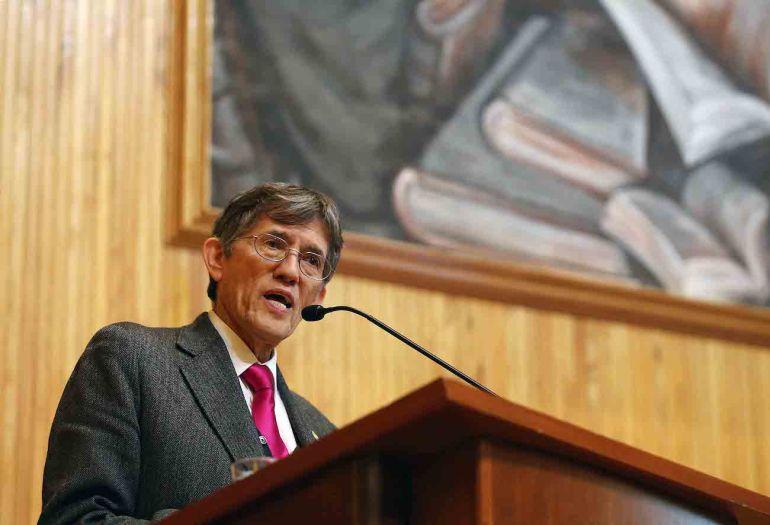 Antonio Lazcano durante una conferencia en el año 2015 en la Universidad de Guadalajara. Foto: UdeG
